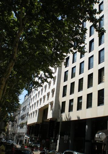 Vanguardeagle IV - Immobilien Investments, Ltd Büro