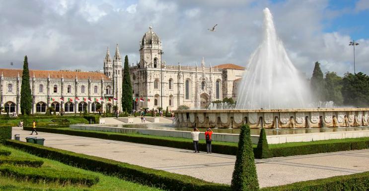 Praça do Império and Jerónimos Monastery in Belém, Lisbon